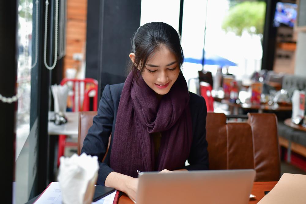 外国人を正社員で採用する方法
