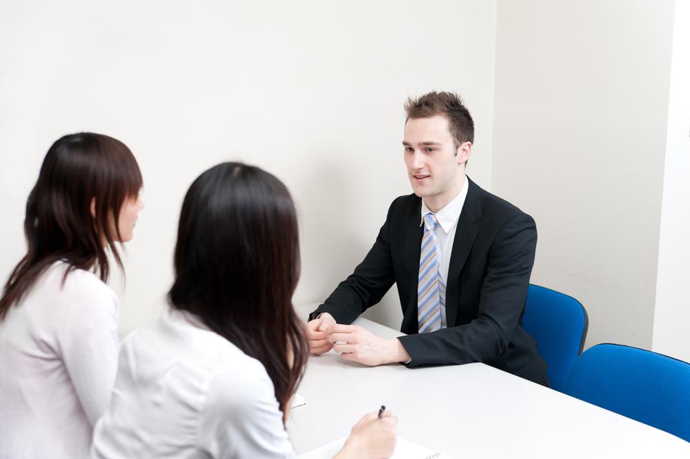 在留外国人向け正社員求人掲載サービス「YOLO社員」5月開始、事前受付中