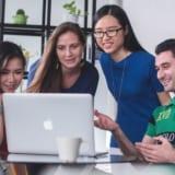 外国人アルバイト求人メディア「Joboty」と在留カード管理システム「ビザマネ」導入1000店舗超え